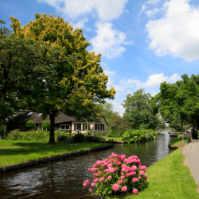 have a look a giethoorn and you will seeing things what you did not know